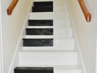 Kingfisher Decor: Piano keys stairs after